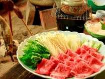 【夕食一例】スタンダードのメインは飛騨牛しゃぶしゃぶ。