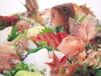 毎日市場より仕入れてくる新鮮な魚介類を、どうぞ!ご堪能下さい!