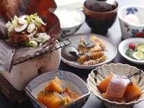 『朝食』飛騨名物!朴葉みそ ご飯が進みます。