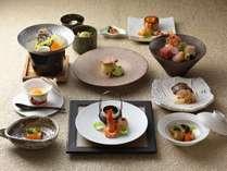 ◆コタン膳/旬の味覚を愉しむ、鶴雅の基本となる和会席です。(写真は一例)
