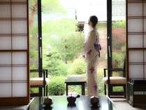 ■部屋■客室名に因んだ調度品が並ぶ客室