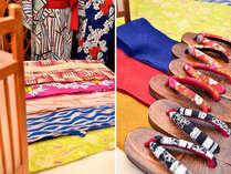 12種類の色浴衣の中からお好みのものが選べます。帯や下駄も貸出致します♪
