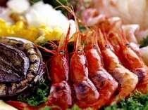 ■北陸といえば、海の幸。魚介類をふんだんに取り入れた会席料理をご堪能いただけます。