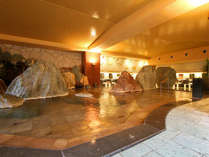 ■大浴場「滝見の湯屋」内湯