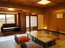 ■天祥の館 標準客室(和室12.5畳+次の間4.5畳)、バス・トイレ付