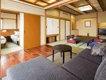 白雲本館ベッドルーム付客室、バス・トイレ付