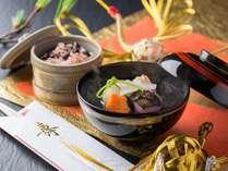 ■ご夕食-お祝いの宴を紅白の雑煮と赤飯で演出「お祝い膳」(イメージ)