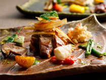 【秋◇カジュアルに旬を楽しむフレンチ】魚か肉を選べます。どちらにも秋野菜たっぷり