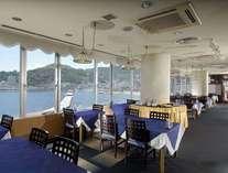 【熱海市街を望み、夜には100万ドルの夜景をお楽しみいただけます】レストラン「マリンテラス」