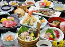 「和牛陶板焼き」「ズワイ蟹天ぷら」「あわびの造り」の3品がメインのグルメ会席。