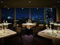 【SAKURA】フランス料理。ホテル最上階の絶景メインダイニング。
