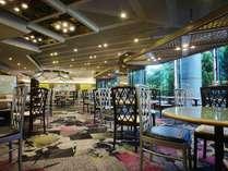 【SATSUKI】オールデイダイニング。朝食ビュッフェ、ランチやディナーには王道洋食メニューを。