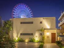 マリーナベイ美浜【外観夜景】北谷の大観覧車はすぐそこです。