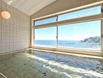 【屋上展望風呂】広々貸切風呂からは海・花火一望♪