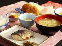 愛情たっぷり月替わり朝食*たくさん食べて一日元気にいってらっしゃい(@^^)/~~