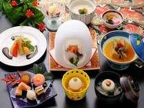 季節の会席料理。※時季により食材が異なります。