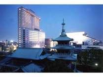 緑豊かな下町の風情があふれる街…両国へようこそ。第一ホテル両国は、高層都市型ホテルです。