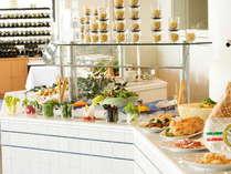 【ラ ヴェラ】ランチはブッフェスタイル。釜焼きピッツァやパスタなどイタリア料理をお好きなだけ