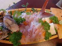 【最安値】学生さん、ご家族で♪グルーでお得♪1泊2食≪地魚船盛り付き 8,640円≫