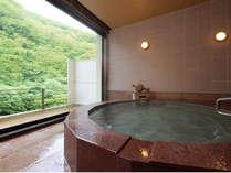 【貸切風呂】◆隠笠(赤御影石の浴槽)