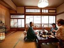 お部屋食もしくは個室会場食で、ゆったりと会食を。