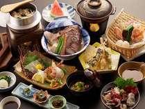 【千代蒸し会席】★当館の名物料理「鯛頭千代蒸し」は、創業から七十有余年の間変わらぬ味です。