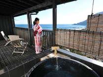 海一望のベランダからの眺めをお楽しみ下さい。