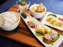 朝食は、和食・洋食からお好みによりお選びいただけます。