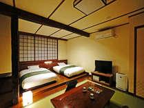 旅籠【和風モダン33㎡】ベッドはセミダブル。添い寝のお子様は、ベッドをくっつけてご利用いただけます。