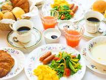 【こだわりの朝食】●焼きたてパン●地元で大人気の「アーゴス」のパンをご用意♪