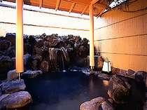 1階、磯の香露天風呂「渚」。「潮」の外に在ります。