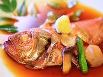大人気の金目鯛の煮付け。