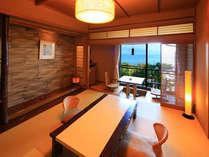 人気の和Modern客室からも網代湾の海を見下ろします