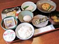 【朝食付き】五箇山の澄んだ水を使用した石豆腐など体に優しい朝食