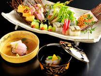 """■日本海から届く『旬の幸』と、彩り豊かな『京野菜』を、伝承された""""技""""で本格京懐石に昇華"""