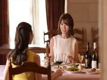 静かなレストランでごゆっくりお召上がり頂けます。
