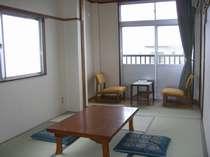和室一例     人気のお部屋は早めにご予約ください。
