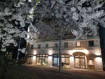 桜・ホテル外観