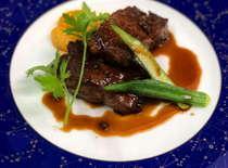 信州牛ステーキの山椒ソース