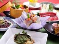 「福島牛のすき焼き」と「鮑の香草バター焼き」が付いたご夕食コース(イメージ)