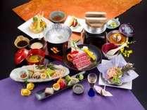 「福島牛のしゃぶしゃぶ」と「ズワイ蟹の供焼き」が付いた風花の膳(ご夕食の一例)