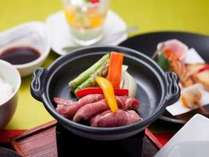 「三元豚の陶板焼き」(ご夕食のイメージ)