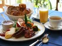 【スタンダード割引 朝食付き】オーダー制の玉子料理、その場で絞る100%フレッシュジュースを堪能!