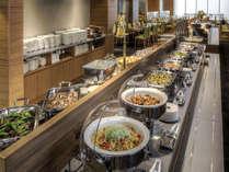 約50種類の豊富なメニューをお楽しみ頂ける 料理長自慢の和洋バイキング朝食
