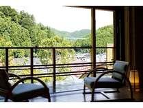 2010年5月オープンの客室「天空」は眺め良い温泉付和室
