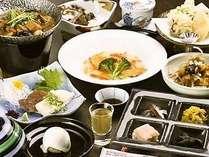 奥会津の四季折々の食材を活用した夕食膳♪