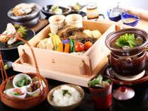 """【朝食】朝から地産地消の""""温かい""""お料理を。名物「せいろ蒸し」をはじめこだわりの朝食"""