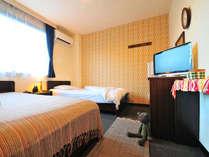 2014年7月、ツインルームがリニューアル!おしゃれなお部屋に生まれ変わりました。