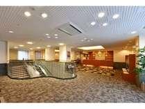 ホテル2F フロント・ロビー