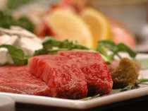 焼肉レストラン李朝苑では岩手の誇る前沢牛をお楽しみいただけます。(写真⇒焼肉)